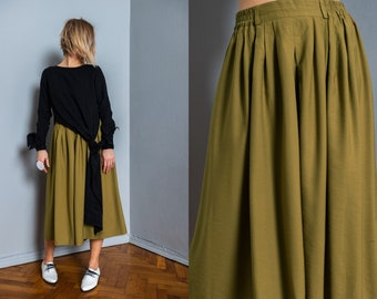 Vintage culottes | women culottes | wide leg pants | vintage pants | green | vintage clothing | 70s pants | midi culottes | side pockets