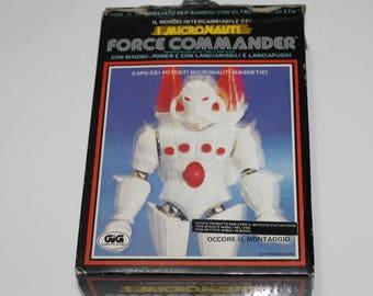 micronauti force commander .