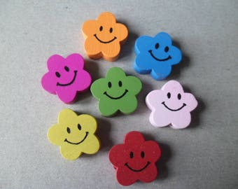 25 x mixed wood flower face smiling 20 x 20 mm