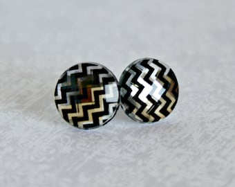 Titanium Post Earrings, Chevron Stripe jewel, 12 mm, Hypoallergenic