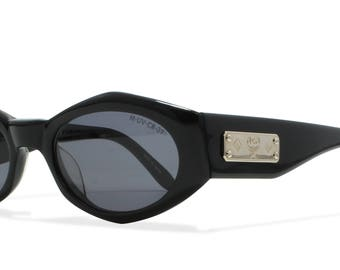 MCM 729 1 Black Vintage Sunglasses Oval For Men and Women
