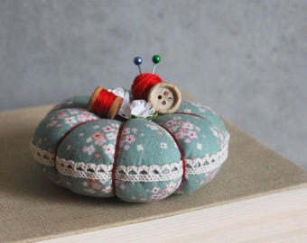 Pincushion, pin keep, sewing needle keep, sewing accessories, pincushion pumpkin