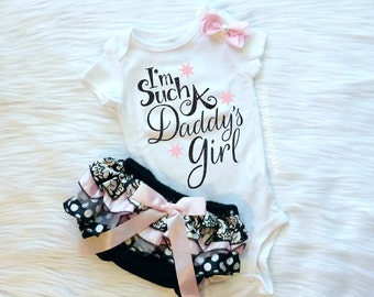 Baby Girl Clothes, Daddy's Girl, I'm Such a Daddy's Girl, Daddy Daughter, daddys girl, Black and Pastel Pink, Baby Shower Gift