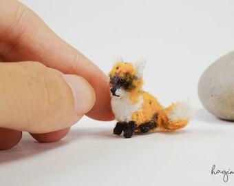 Tiny crochet Fox, micro crochet Fox, miniature brown Fox ,amigurumi litle crochet fox