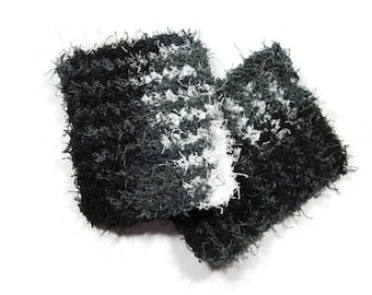 Black Gray and White Pot Scrubbers Set of 2