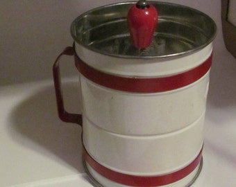 Vintage made in Canada Androck Floursifter