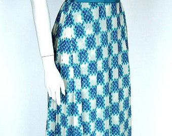 HUEBNER Couture/Stuttgart, Germany, 1980ies Vintage blue and white butterfly sleeves  Couture Summer dress, ca. Size S