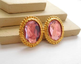 Retro Faceted Pink Rhinestone Gold Tone Oval Pierced Victorian Earrings H46