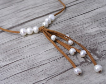 Woman Pearl necklace BOHO pearl necklace Suede bead necklace White pearl necklace Casual pearl leather necklace Pearl jewelry ZH-009
