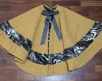 Wool cloak and fake fur