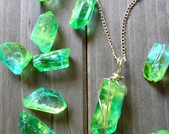 Crystal necklace | Quartz Crystal | Quartz jewelry | Quartz Necklace | Crystal Jewelry | Green Necklace | Green Jewelry | Green Crystal