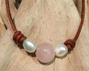 Rose Quartz leather choker, Pearl choker, leather natural stones necklace, adjustable necklace, boho chic jewelry, leather