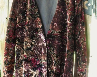 Vintage Velveteen Flower Jacket/Gorgeous Retro Floral Print Outlined in Gold/ Made in USA LinedJacket/ Shabbyfab Funwear