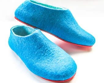 Turquoise Felt Slippers, Felted Wool Shoes, Turquise White, Womens Felt Shoes, Color Blocking,  Winter Gifts, Minimalist Shoes, Rubber Soles