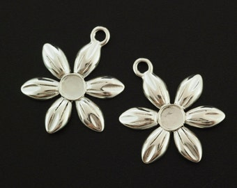 1 Sterling Silver Flower Pendant with 4mm Cabochon Mounting