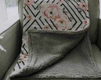 Muslin Blanket - Sherpa Blanket - Cuddly Blanket - Crib Blanket - Floral Blanket - Modern Blanket - Modern Nursery Idea - Swaddling Blanket