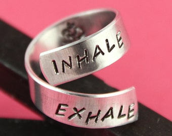 Anneau de yoga - méditation - méditer bague - bague Ohm - Breathe anneau - Wrap - Twist Ring - Bague réglable - bague en argent - Yoga cadeau