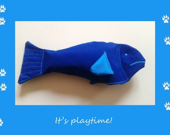 Squeaky fishy toy for your pooch