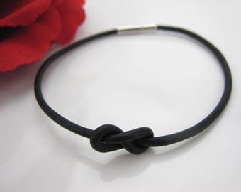 Love knot bracelet, simple layering bracelet, leather love knot, bayonet closure