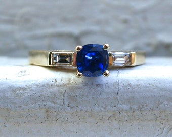Vintage 14K Yellow Gold Sapphire Engagement Ring with Baguette Diamonds - 1.20ct.