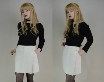 90s White Side Button Wrap Mini Skirt S / M