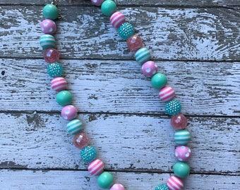 Girls Pink and Aqua Bubblegum Necklace, Birthday Necklace, Beaded Necklace, Kids Necklace, Long Necklace