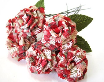 Holiday Snowflake Red Plaid Rose Bouquet