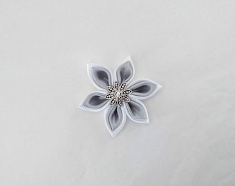 White satin kanzashi flowers / handmade grey