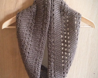 Instant Dowload - Crochet Pattern - Mid-December Cowl - beginner cowl, scarf, snood - ok to sell
