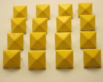 50 pcs.Yellow Pyramid Studs Biker Spikes spots DIY Decorations Findings 14 mm.