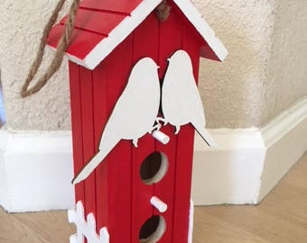 MOTHER'S DAY BIRDHOUSE - Red/White
