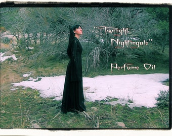 Twilight Nightingale Perfume Oil - Silmarillion Inspired - Osmanthus, Jasmine, Red Amber, Fig, Tiare flower, Star Fruit, Katsura