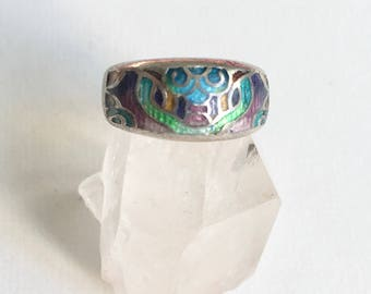 vintage enameled abstract face ring, size 6