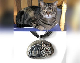 Personalized Pet Necklace, Custom Jewelry, Animal Pendant, Cat Painting, Gift for Dog Owners, Hand Painted Rock, In Memory