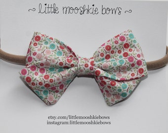 Classic Vivian ~ Floral Elsie~Girls Hair Bow~Fabric Bow~Baby Bows~Hand Tied Bow~Floral Bow~ Baby headband ~ baby girl ~ Toddler girl