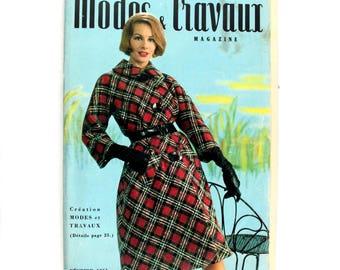 Modes & Travaux, Vintage French fashion magazine,  1961 winter fashion news