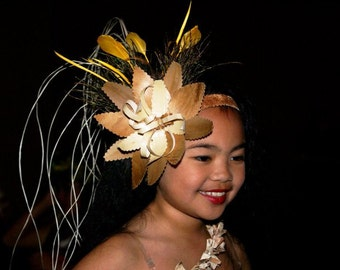 Authentic Tapa Cloth Band And Lauhala Flower Headpiece.Perfect For Girls Of All Ages. Tahitian & Cook Islands Dancers Natural Headpiece!!