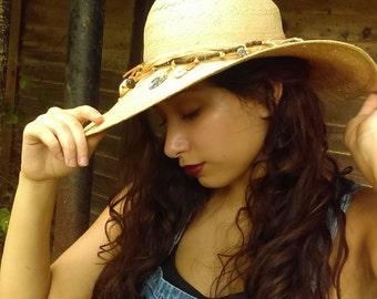 Vintage women's Hat, Women's Accessories, Straw Hat, Sun Hats, Beach Hats,