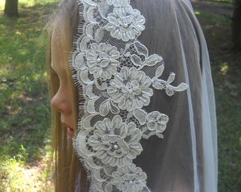 First Communion Veil, Mantilla First Communion, White  Mantilla Communion with beaded, Holy communion, Little girls veil, Flowergirls veils