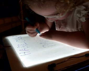Lightbox, lightboard, sped, tracing, drawing, learning tool, artists, portable