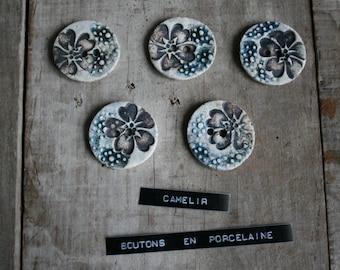 # 009 set of 5 porcelain buttons
