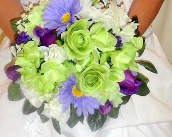 Stunning fresh flower look With Lavender Gerber Daisies green and and purple roses