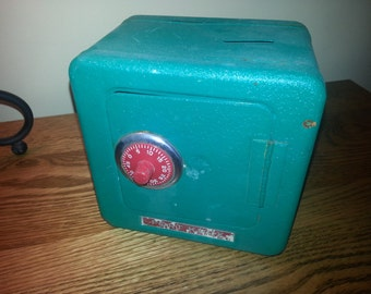 Vintage Superior Toy Company Fort Knox Green Metal Combination Bank