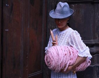 Loopy Mango Big Loop Yarn - Super Chunky Merino Wool - The Most Beautiful Yarn in the World