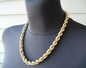 Vintage 1960's Gold Rope Chain Necklace 18 Inches