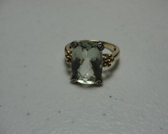 Vintage green amyathyst set in 14k gyellow gold stone14mmx10mm  8.48 carats  size 7