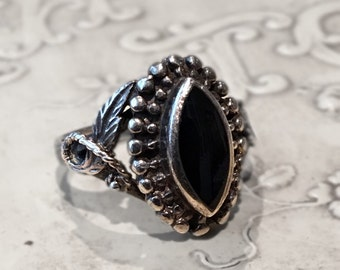 Vintage Sterling Silver Black Onyx Ring Boho Tribal Size 7