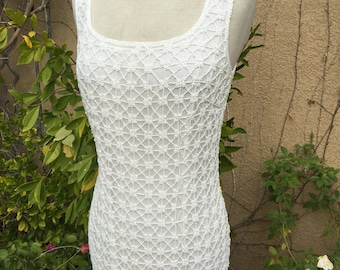 A vintage 1980s custom-made cream  beaded wiggle wedding formal cocktail dress size XS