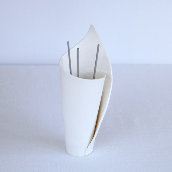Spiral porcelain LILY reed diffuser
