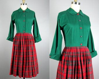 Vintage 1950s Cotton Dress 50s Red Plaid Christmas Dress with Green Bodice and Full Skirt Size 8/M